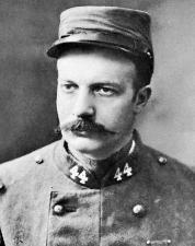 André Maginot en uniforme de soldat au 44ème RT.