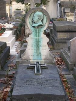 """La tombe du général Séré de Rivières à Paris, avec cette épitathe """"Lapides Clamabunt: Les pierres témoigneront"""""""
