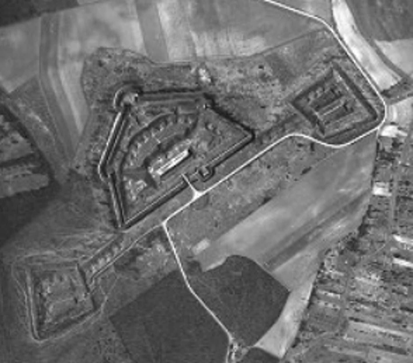 Le fort de Vaujours et ses batteries annexes en 1933